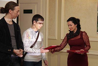 Три молодых живописца ИрГТУ получили специальную премию Благотворительного фонда имени Юрия Тена