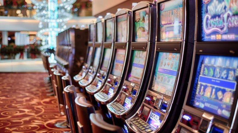 Казино в астрахани игровые автоматы novomatic эмулятор, бесплат