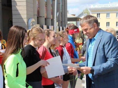 Почти две тысячи человек приняли участие в спортивном празднике, который прошел в Ангарске 13 мая