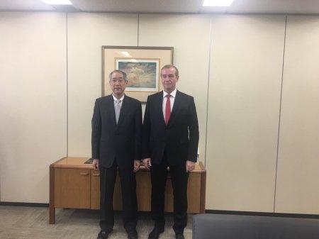 Сергей Левченко провел встречу с представителями Японской национальной корпорации нефти, газа и металлов «JOGMEС»