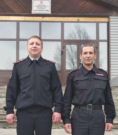 В Иркутской области полицейские спасли людей на пожаре и задержали предполагаемого поджигателя жилого дома