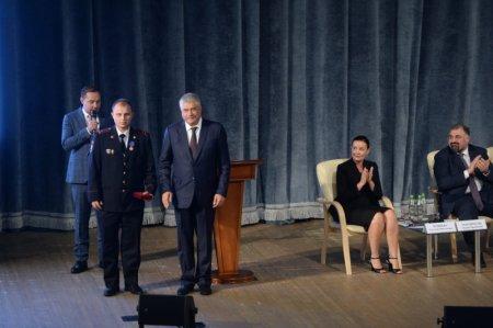 Владимир Колокольцев выступил на I Всероссийском форуме поисково-спасательных отрядов и вручил награды его участникам