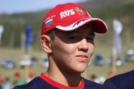 Федор Балтуев стал абсолютным победителем турнира по бурятской национальной борьбе памяти Михаила Елбаскина