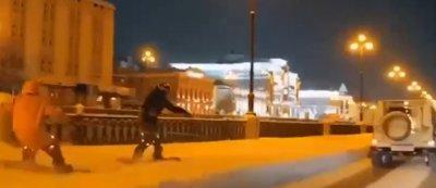 В Казани сотрудники Госавтоинспекции нашли и привлекли к ответственности водителя, катавшего на тросе сноубордистов