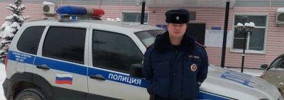 В Костромской области полицейские посетили ребенка, которого помогли оперативно доставить в больницу