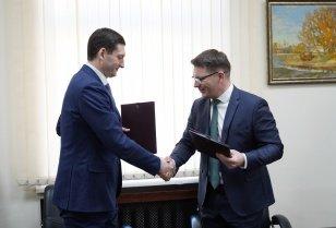 Правительство Иркутской области и АО «Фармасинтез» подписали дополнительное соглашение к Соглашению о социально-экономическом сотрудничестве