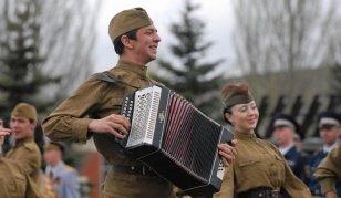 Принимаются заявки на Второй открытый музыкальный военно-патриотический конкурс «Песни военных лет!».