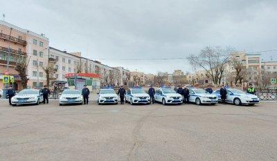 В столице Бурятии полицейские провели автопробег, посвящённый 76-й годовщине Победы в Великой Отечественной войне