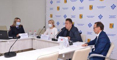 Уполномоченный по правам ребенка в Кировской области напомнил родителям о детской безопасности на дороге