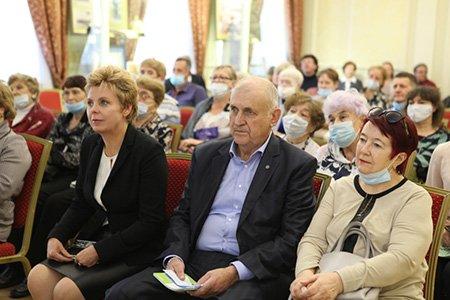 В музее истории Иркутска отрылась выставка, посвященная 25-летию со дня образования Правобережного округа